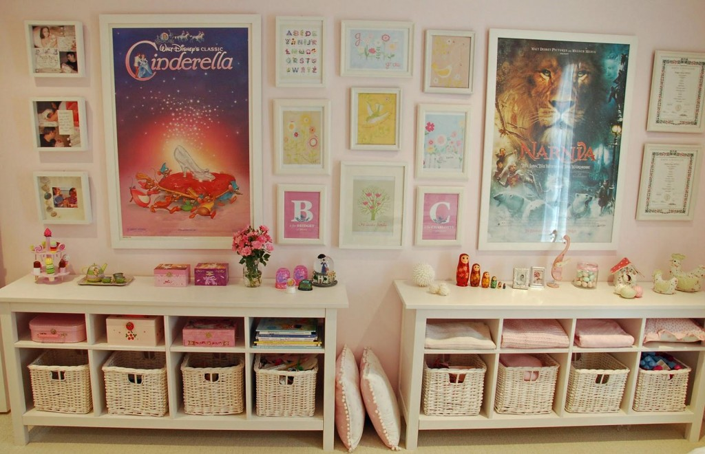 10 tips for organising children s toys be a fun mum for Organized kids rooms
