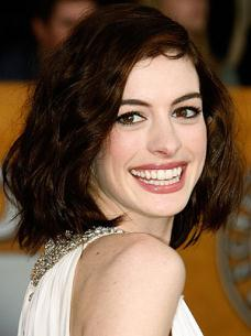 winter colouring: Anne Hathaway