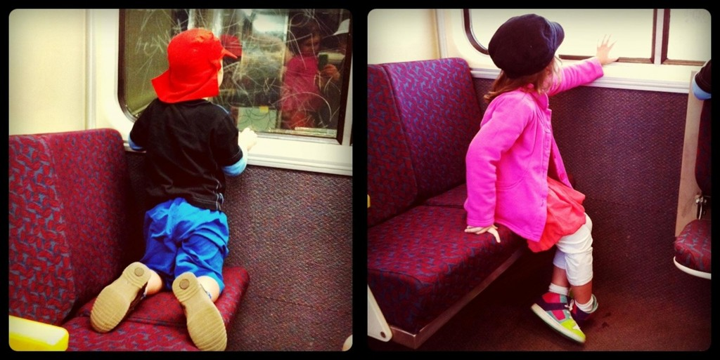taking kids to crowded places -- wear bright clothes tip