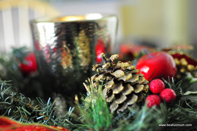 Christmas Table Decorations -- Wreath Candle