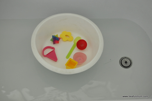 different bath toys -- toddler discovery shapes