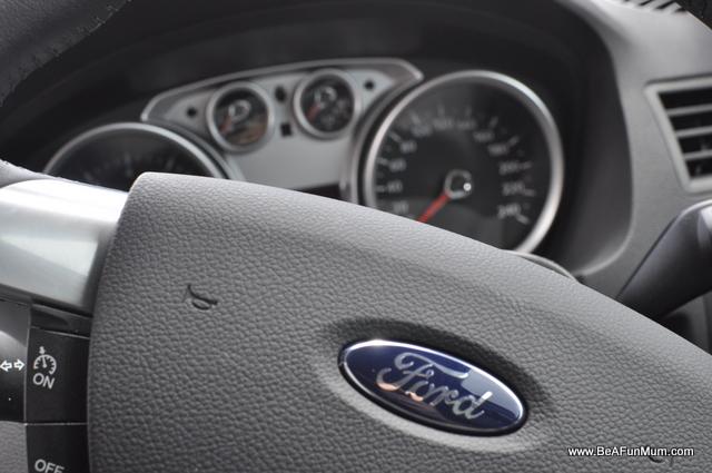 Ford Kuga Review -- Handling