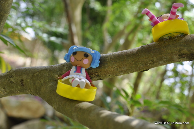 Milk Bottle Lids crafts: Tree House