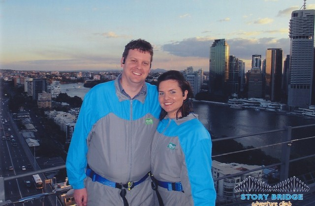redballoon experiences -- story bridge climb brisbane