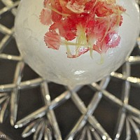 flower ice sculpture