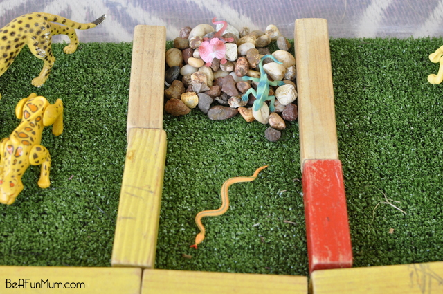 Zoo Imaginative Play Scene -- reptiles