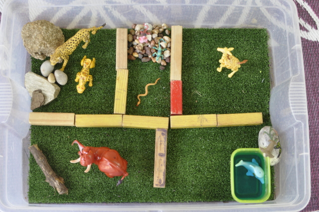 Zoo Imaginative Play Scene
