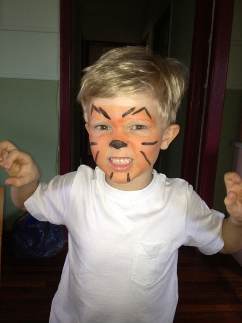 holiday fun for boys -- tiger face painting