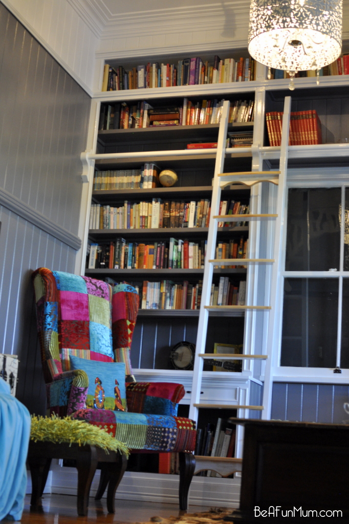 amazing floor to ceiling library -- library ladder