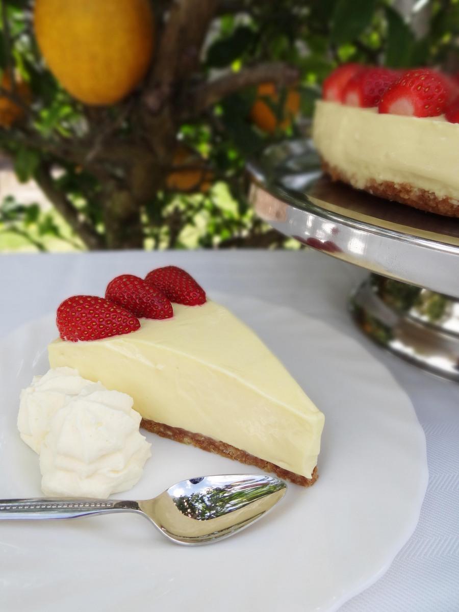 {Easy} Lemon Cheesecake Recipe on beafunmum.com