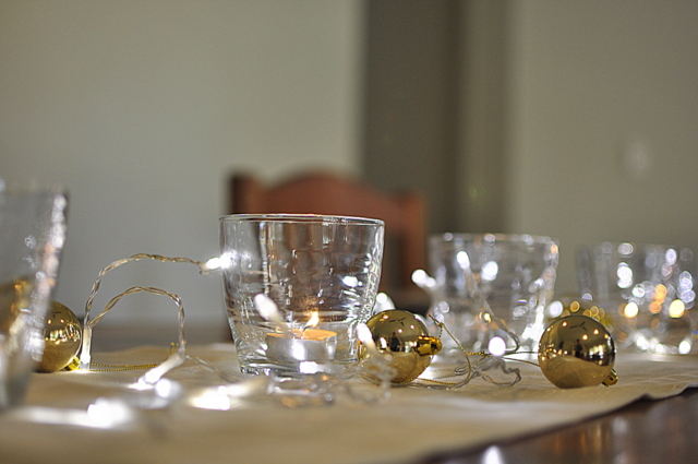 christmas table decorations - tea light candle in a tumbler beafunmum.com
