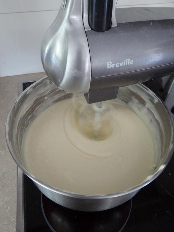 Easy Cheesecake recipe -- step 4