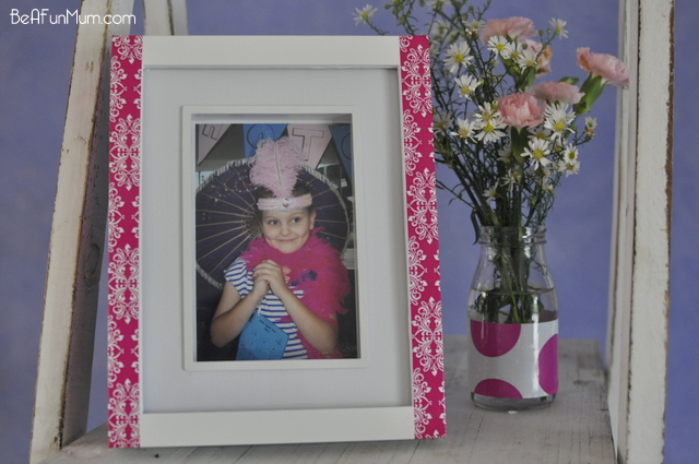decorate photo frame with decorative tape