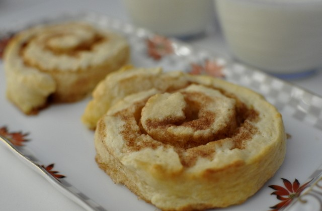 Cinnamon Scrolls Recipe (4 Main Ingredients)