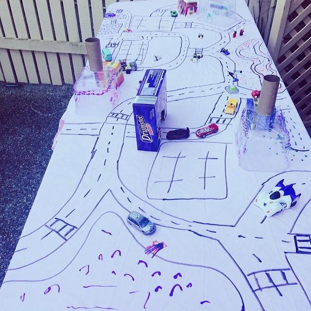 Play Tablecloth