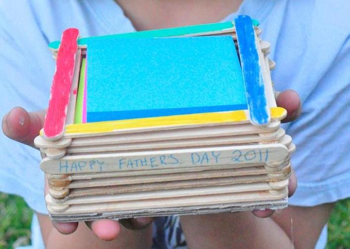Father's Day Craft - Paddle Pop Stick Note Pad Holder
