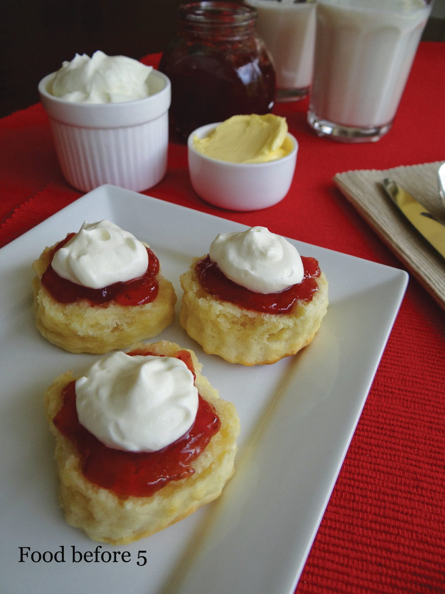 2 ingredient scones