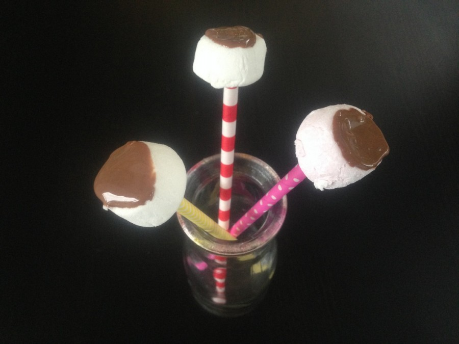 Easy Marshmallow Pops