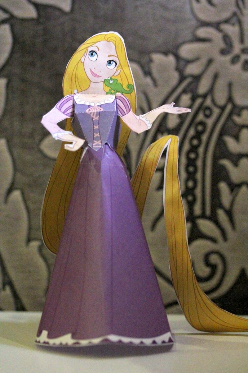Tangled - Rapunzel Paper Doll