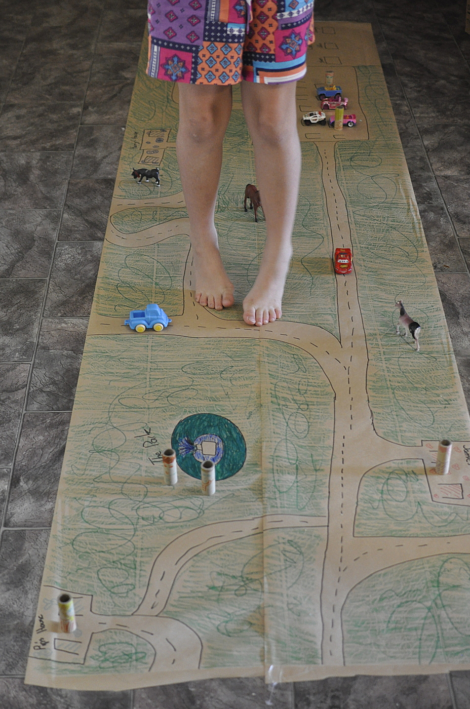 Paper Play Mat (Hall Runner)
