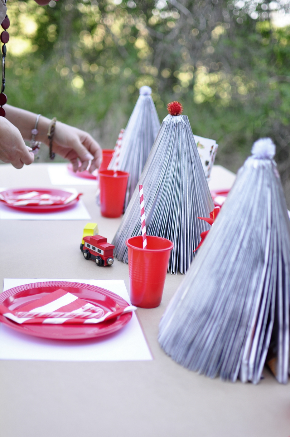 Kids Christmas Table Idea