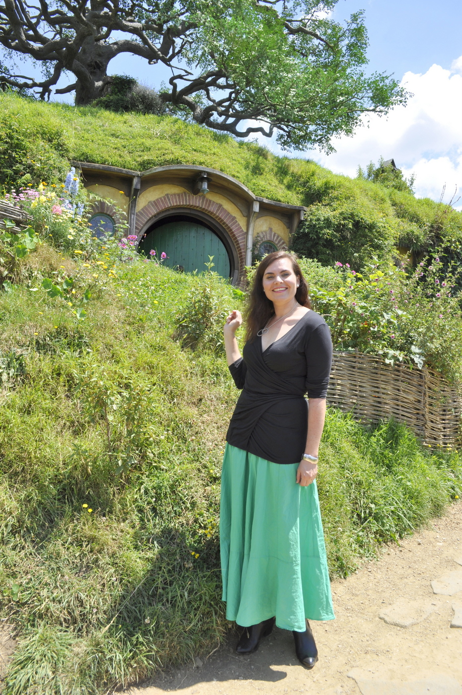 Hobbiton Movie Set Review