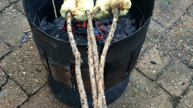 Damper Cooked on a Stick: Green tree twist