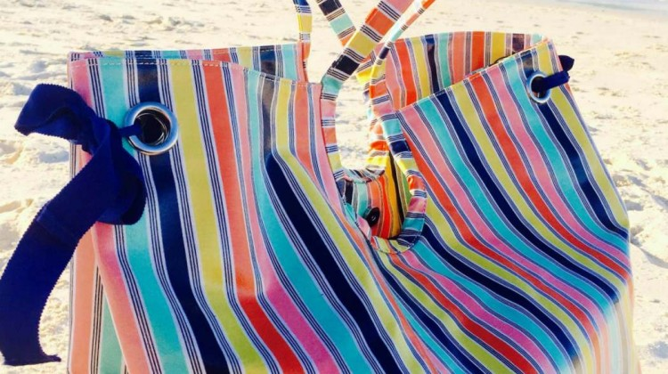 Review: Big, Stylish Beach Bag