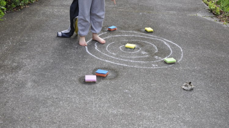 Chalk games - hit the target