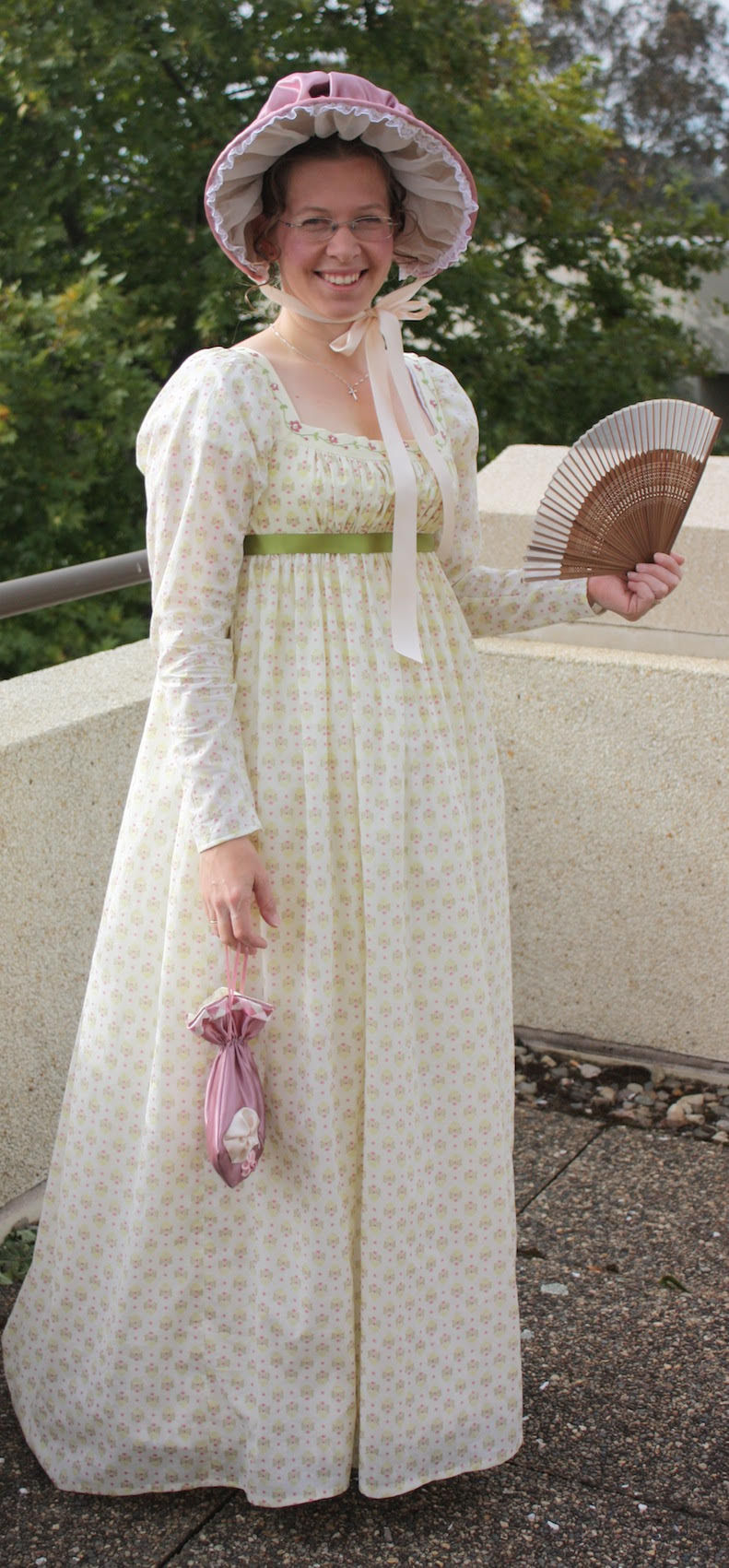 Kelly from Tea in a Teacup creates her own period costumes