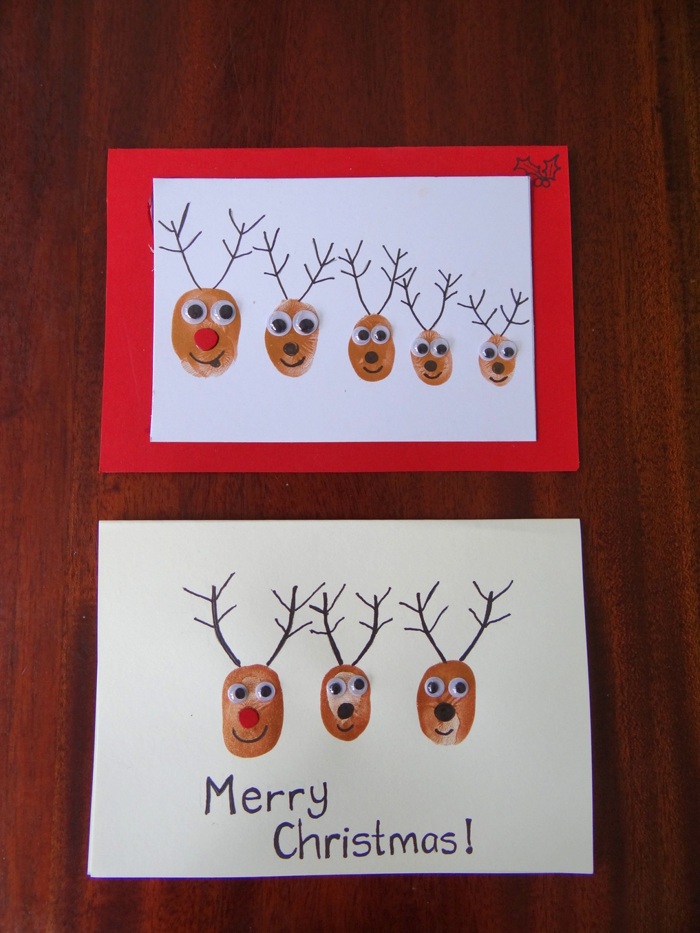 Homemade Christmas Cards using fingerprints - Reindeer