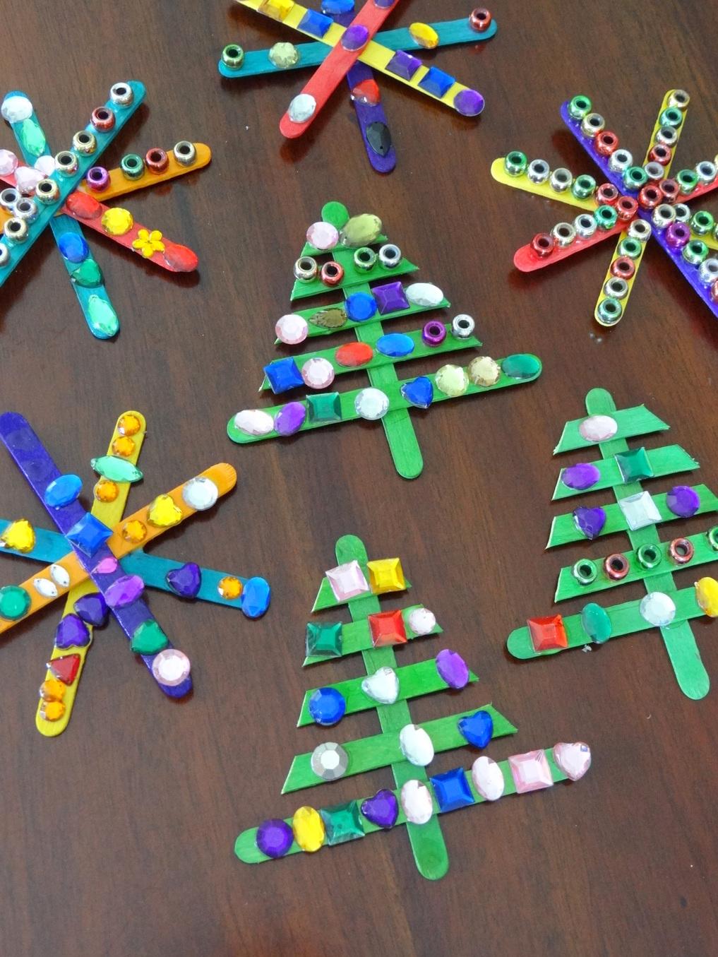 Homemade Christmas Tree Decorations - Paddle Pop Stick Christmas Tree
