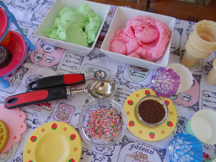 Ice cream Play Dough - it looks real!