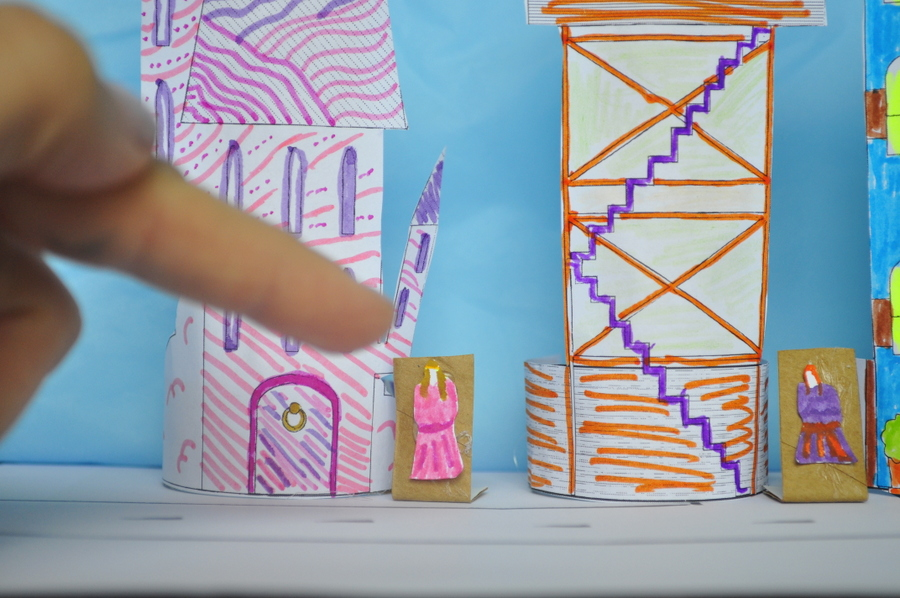 Mini Paper Houses you can wrap around cardboard roll