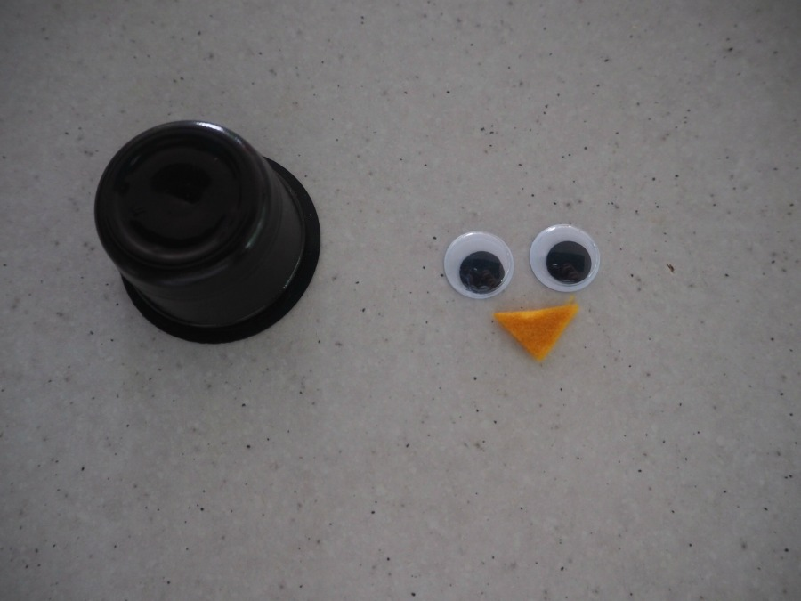 penguin coffee capsule craft