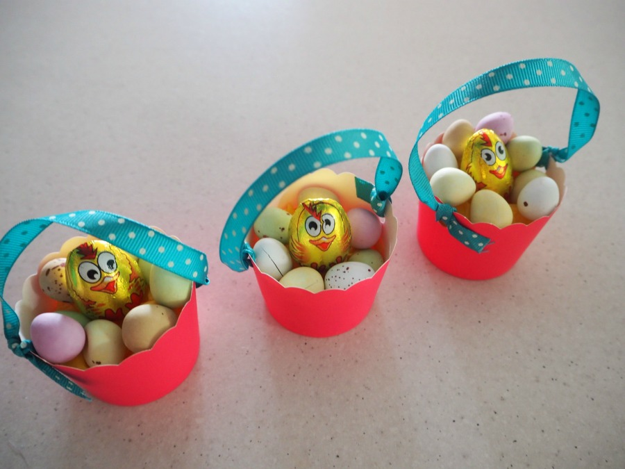 Easter Cupcake Basket
