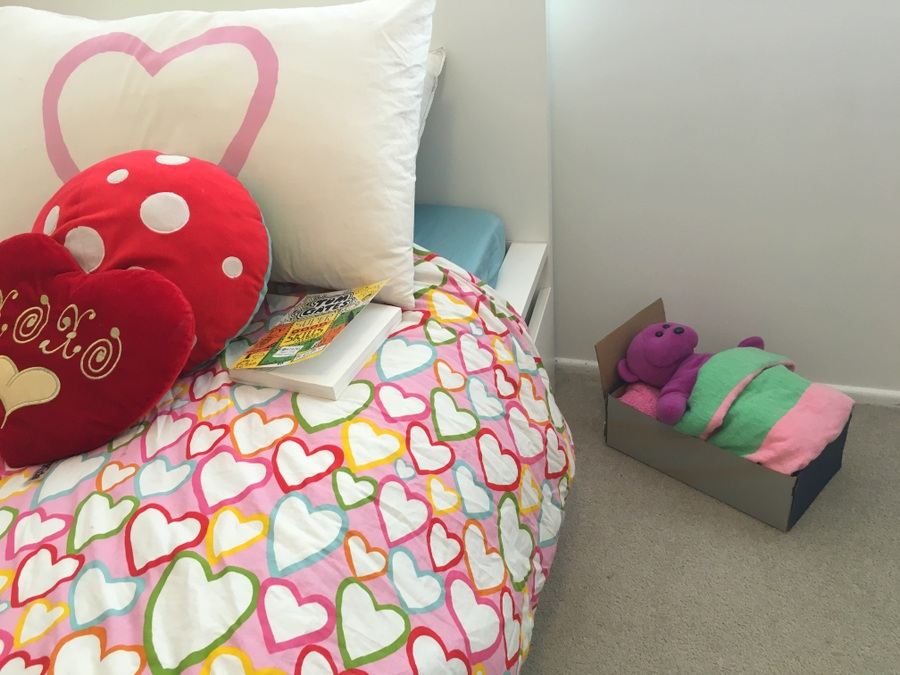 How to make a shoe box bed for a teddy or doll