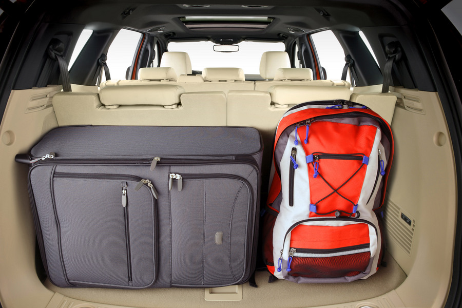 Ford Everest Regular Boot - Luggage
