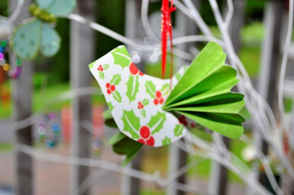 Handmade christmas tree decorations be a fun mum for Free christmas crafts for kids