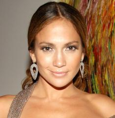 autumn colouring: Jennifer Lopez