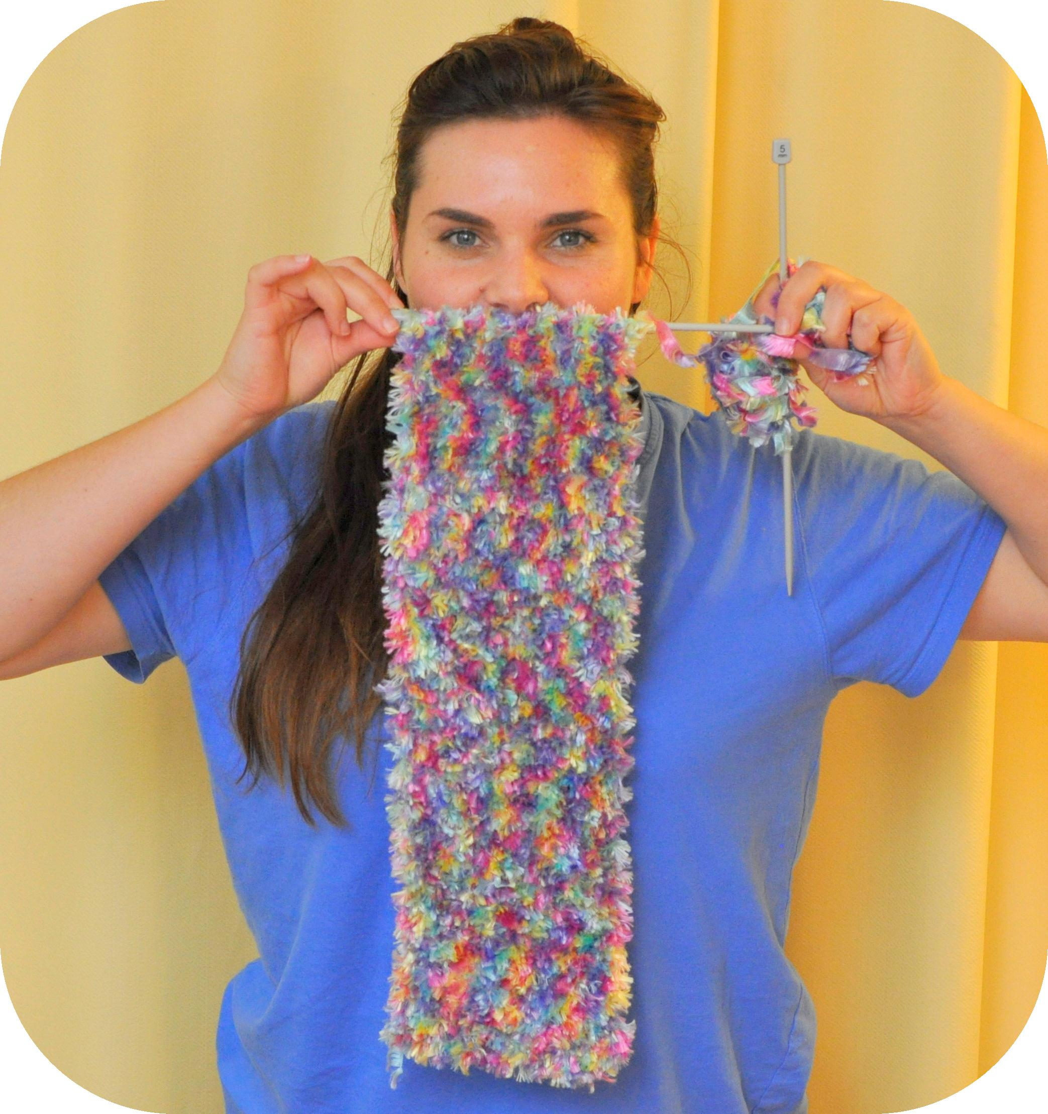 Vlog: Knitting and Living Life Together – Be A Fun Mum