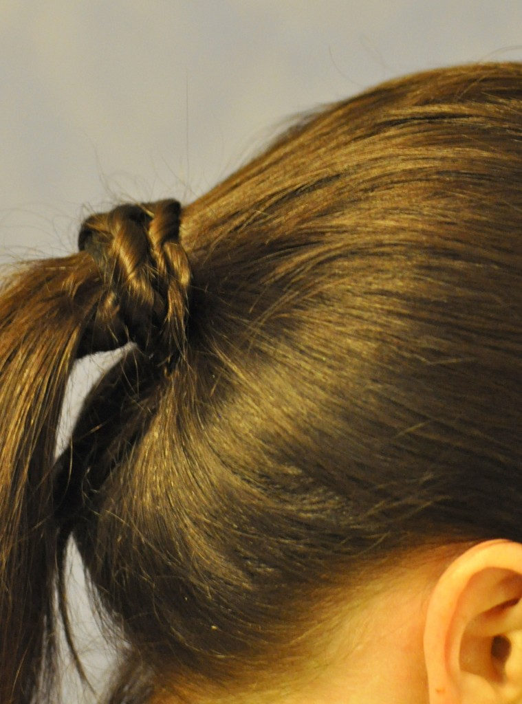 hair style for mums -- pony tail