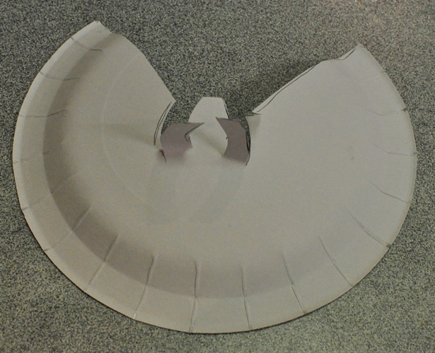 Christmas Craft: Paper Plate Angel