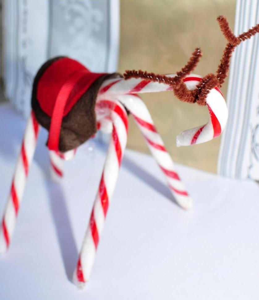 christmas craft -- christmas candy cane reindeer