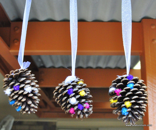 Pine cone hanging decoration be a fun mum for Pine cone christmas tree craft