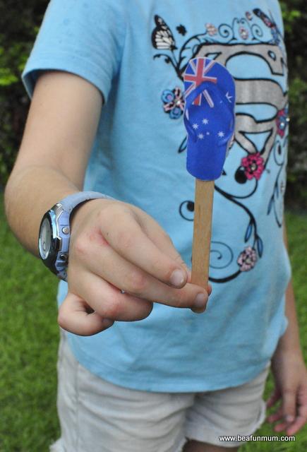 Australia Day Craft Printable -- Australian Flag Thong