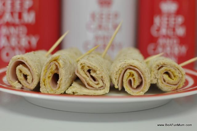 high fibre lunch box idea -- pinwheel sandwiches