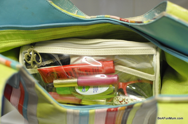 organising handbag liners