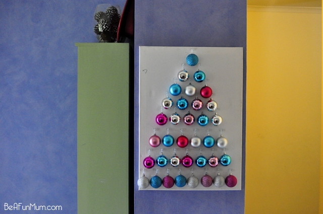 christmas craft -- bauble christmas tree