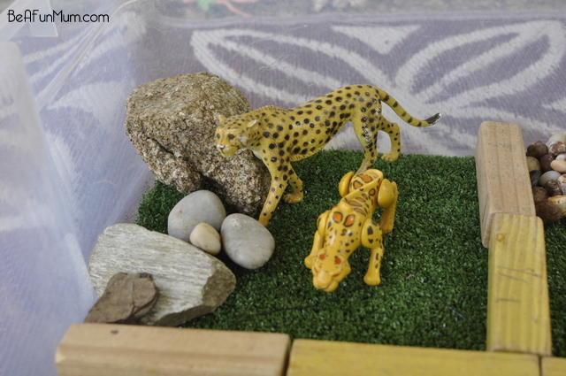 Zoo Imaginative Play Scene -- big cats